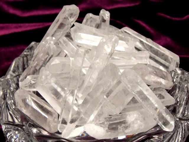 天然クリスタルポイント詰め合わせ 200グラム入り 透明 激安 水晶結晶ポイント詰め合わせ クラフト素材やアクセサリー作り 浄化にも 四川産 2019年10月撮影分
