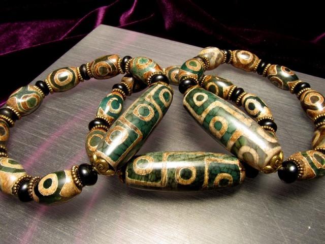 人気の天珠商品 激安 緑龍紋天珠ブレスレット 九眼天珠タイプ メイン天珠長さ約39mm 手首サイズ約17cmまで sai
