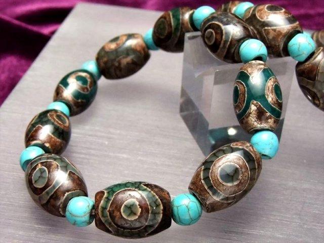 天珠1サイズ型 ターコイズ 人気の天珠商品 緑龍紋天珠ブレスレット 三眼天珠タイプ 天珠長さ約16-18mm 手首サイズ約16cm前後 of