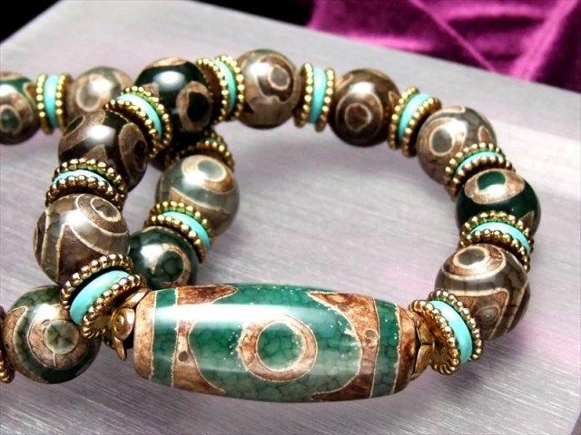 人気の天珠商品 激安 緑龍紋天珠ブレスレット 三眼天珠タイプ メイン天珠長さ約39mm 手首サイズ約17cmまで