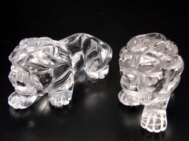 魔除け 邪気除けの神獣 超透明ヒマラヤ産天然水晶 獅子 彫り置物 長さ50mm前後、1体の重さ40g前後