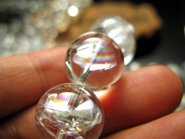 虹入り厳選入荷 14mm珠 一連 アイリスクォーツ(天然虹クラック水晶) AAA 約40cm 極上 天然石 ビーズ ブラジル産