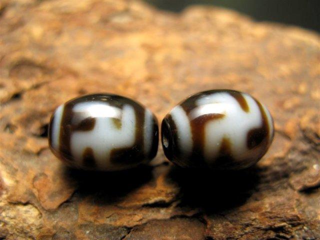 小天珠 A至純天珠 卍天珠(まんじてんじゅ) サイズ:12ミリ前後 極上 天然石 ビーズ パワーストーン