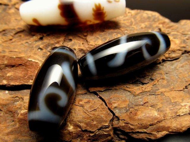 女性にぴったりサイズ A至純天珠 金銭鈎天珠(きんせんこうてんじゅ) サイズ:約25-30ミリ 極上 天然石 ビーズ パワーストーン