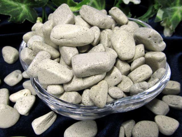 心身を癒す人気ストーン 台湾 北投石 ホクトライト さざれ石 100g 約3-15ミリ 極上天然石 温泉成分を含むラジウム鉱石 さざれ レアストーン