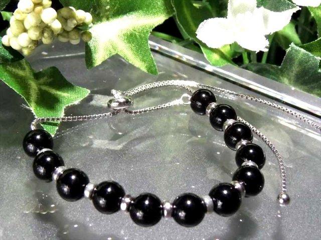 スライドチェーン付き オニキス ブレスレット 6mm-6.5mm珠使用 スライドアジャスター付きで内径13cm~20cmの調整可能 of