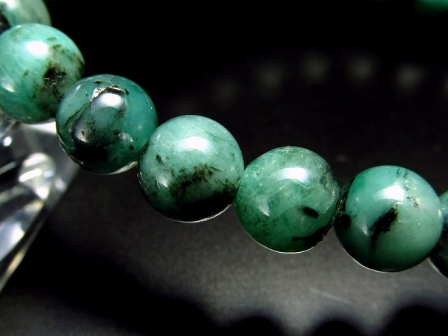 4A 極上艶感 濃色グリーン エメラルド ブレスレット 7mm-7.5mm×25珠 世界四大宝石の一つ 愛成就のお守り 叡智の象徴 翠玉 1点もの コロンビア産