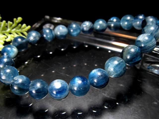 透明感抜群!5A カイヤナイト ブレスレット(藍晶石) 8.5mm-9mm×23珠 キャッツアイシラー珠あり つやつや濃厚ブルー 独立心や探究心を強める石 一点もの タンザニア産