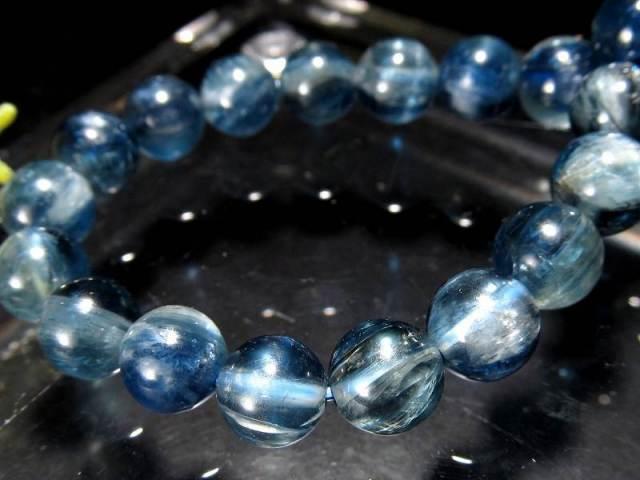 透明感抜群!5A カイヤナイト ブレスレット(藍晶石) 7.5mm-8mm×25珠 キャッツアイシラー珠あり つやつや濃厚ブルー 独立心や探究心を強める石 一点もの タンザニア産