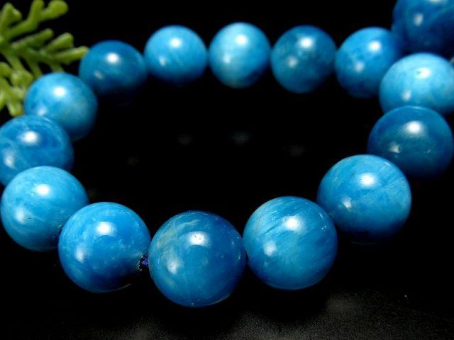 3A スカイブルーグラデーションアパタイト(燐灰石) ブレスレット 9mm-9.5mm×21珠 ブルーとミルキーカラーのグラデーション 調和を象徴する石 キャッツアイ効果有り 一点もの ブラジル産