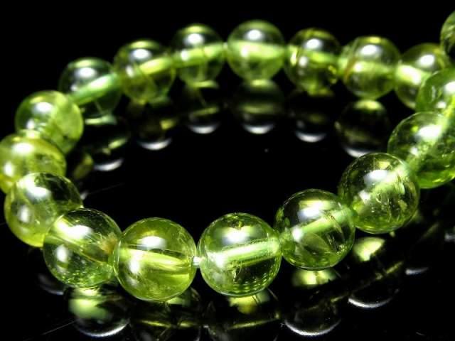 3A+ 超透明 虹入り ペリドット ブレスレット 6.5mm-7mm×26珠 (かんらん石) オリーブグリーン 8月誕生石 煌めく黄緑色 イブニングエメラルド 夜の宝石 一点もの ミャンマー産