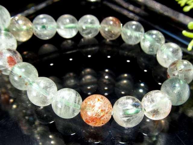希少なアルーシャ産 アルーシャサンストーン(フェルドスパーサンストーン) ブレスレット 7.5mm-8mm×24珠 ふんわりグリーンに映えるオレンジのアベンチュレッセンス 太陽の石 一点もの タンザニア アルーシャ州産