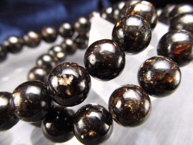 AA+ 天然ブラックマイカブレスレット 8.5mm-9mm×23珠前後 ゴールドの煌きが美しい 天然ブラックマイカ結晶 動画あり ブラジル産