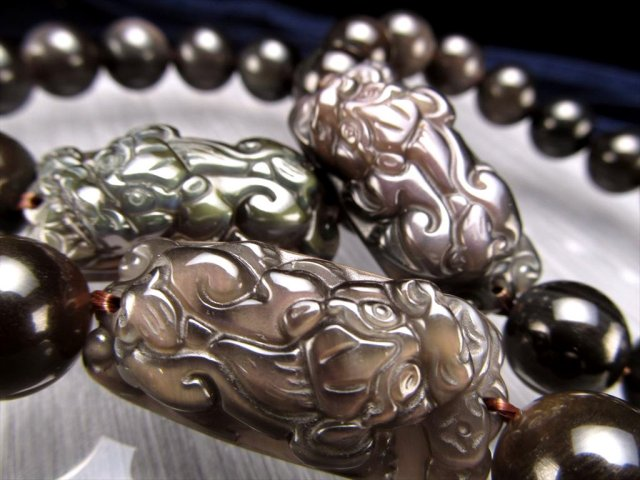 レインボーオブシディアン(黒曜石)貔貅(ヒキュウ)ブレスレット 珠サイズ約12mm×14珠前後 ヒキュウサイズ約36×17mm メキシコ産