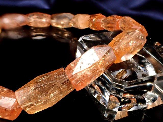 インペリアルトパーズ ランダムカットタンブル ブレスレット 幅約6mm-8mm 透明感抜群 最大の力の発揮 極上1点物 ブラジル ミナスジェライス州 オウロ・プレット鉱山産