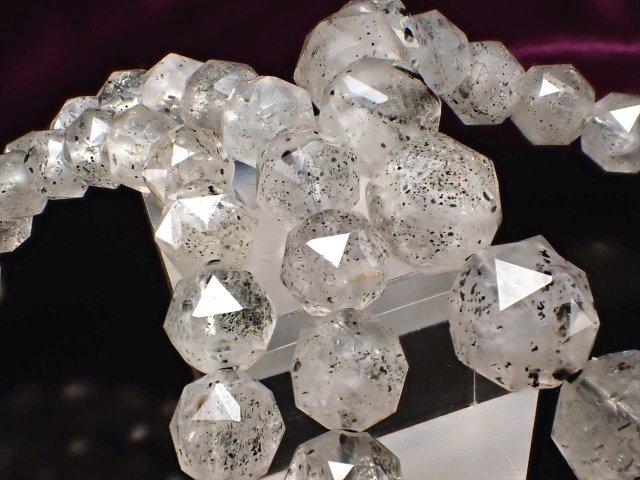 クリアカラー フィリフォーム(毛状)クリスタルインクォーツ スターカット ブレスレット 9mm-9.5mm×21珠前後 8種以上の鉱物を内包した水晶 透明感あり ブラジル産
