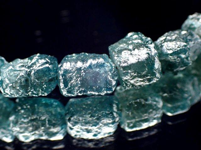 鑑別書付属 天然ブルーダイアモンド(金剛石)結晶原石ブレスレット 約3mm-4.5mm 永遠の絆の象徴 ラフキューブ結晶 1点物 SILVER925 アジャスター金具付