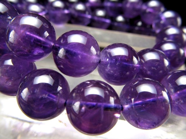 大特価 AA アメジスト(紫水晶)ブレスレット 10mm-10.5mm×19珠前後 透明感あり 愛の守護石 2月の誕生石 動画あり ブラジル産