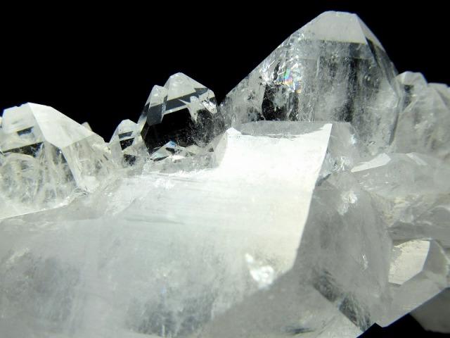 5A 激レア・パキスタンより直送 ファーデンクォーツ(天使の水晶)クラスター 最大幅約102mm 約63g 稀少点物 再生と復活の象徴 パキスタン ギルギット産