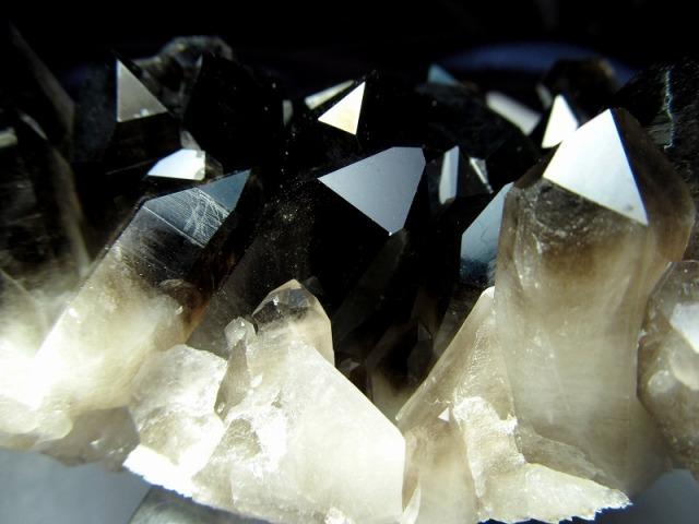 ファントム入り アーカンソー州産 モリオン 結晶クラスター 最大幅103mm 重さ291g 貴重な漆黒の美結晶 最強の魔除け・邪気払いの石 高品質!艶々黒水晶 一点もの アメリカ・アーカンソー州産