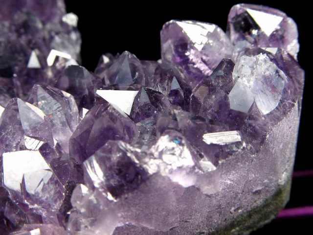 4A アメジスト ハート型クラスター 最大幅約85mm 重さ272g 極上 美麗パープル&美結晶 愛の守護石 紫水晶 1点物 ウルグアイ産