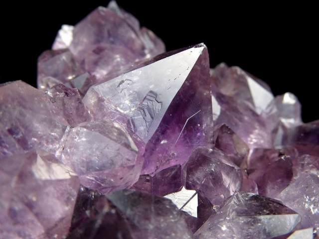 4A アメジスト ハート型クラスター 最大幅約82mm 重さ201g 極上 美麗パープル&美結晶 愛の守護石 紫水晶 1点物 ウルグアイ産