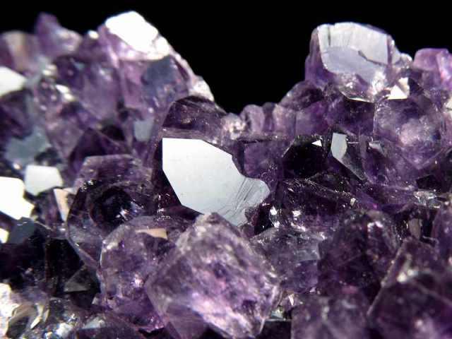 4A アメジスト ハート型クラスター 最大幅約59mm 重さ107g 極上 美麗パープル&美結晶 愛の守護石 紫水晶 1点物 ウルグアイ産