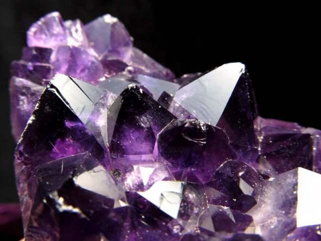 ミニサイズ 4A+ アメジスト クラスター フラットタイプ 最大幅約57mm 重さ132g 極上 濃厚パープル&美結晶 愛の守護石 紫水晶 1点物 ウルグアイ産
