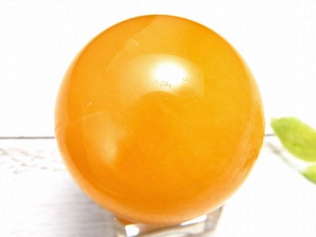 オレンジカルサイト 丸玉置物 台座付 直径約37mm 重さ73g 極上つやつや 瑞々しいオレンジ 一点もの 方解石