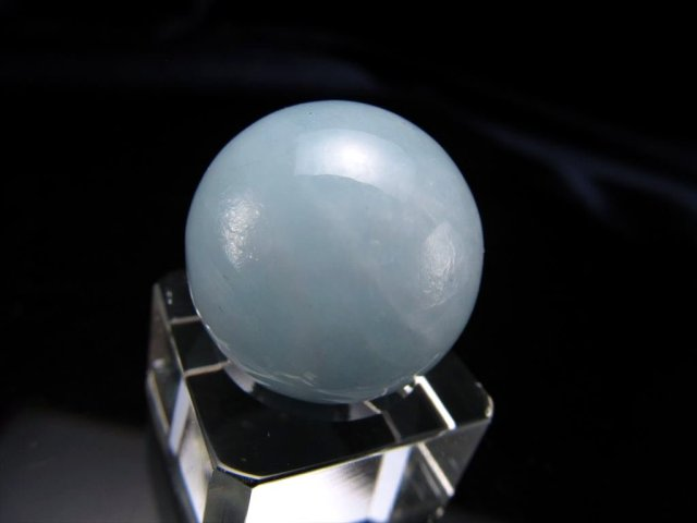 アクアマリン 丸玉 置物 直径約23.1mm 輝くシラー効果あり幸せな結婚の象徴 ブラジル産