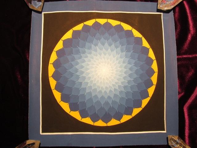 曼荼羅(マンダラ) サイズ248mm×253mm 貴重な本物・手書きの精密画 100%木綿(コットン)台紙 曼荼羅(曼陀羅)図像 ロータス(蓮)曼荼羅