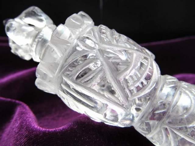 ヒマラヤ水晶製 プルパ (金剛杭) 全長約141mm 約102g これぞヒマラヤ水晶!魔障を取り除き、結界を張る法具 ヒマラヤ産