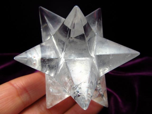 最強形状!! 天然水晶 アステロイド (小星型12面体) 最大幅約70mm 137g 五芒星と六芒星と正十二面体を兼ね備える 精神と肉体の調整に 1点物 ブラジル産