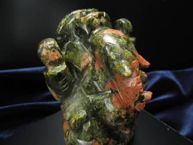 ユナカイト ガネーシャ 彫り 置物 重さ162g 高さ約7.0cm あらゆる障害を跳ね除ける守り神 1点物