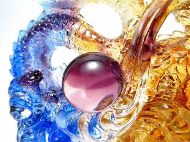 玉持ち龍神 瑠璃製 レインボーカラーの龍置物 横幅約145mm 重さ865g 大吉開運! 1点物 インテリアやお部屋のアクセントに♪
