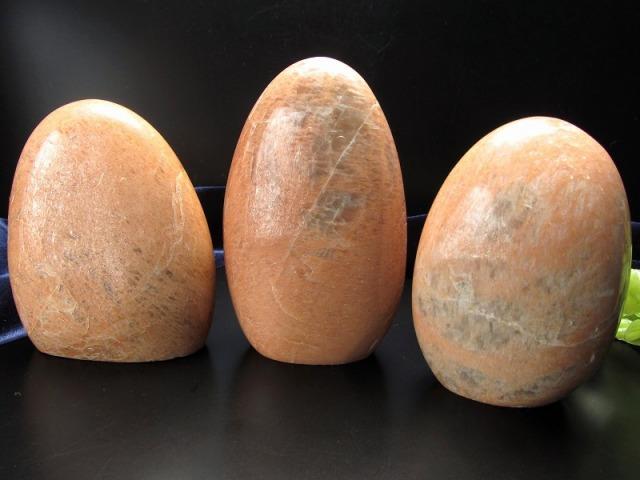 オレンジ ムーンストーン ポリッシュ 重さ 200g-220g テラコッタカラー 永遠の愛の象徴 ポリッシュ 磨き石 マダガスカル産