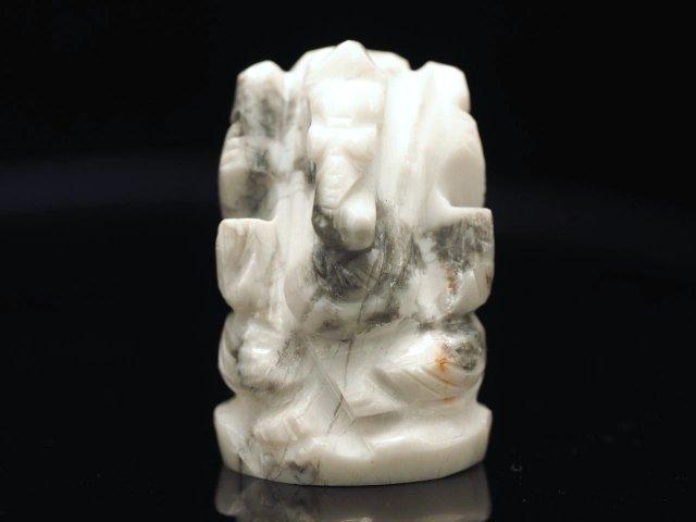 ガネーシャ彫り置物 ハウライト 高さ約25mm ミニチュアサイズ あらゆる障害を跳ね除ける守り神 全12種