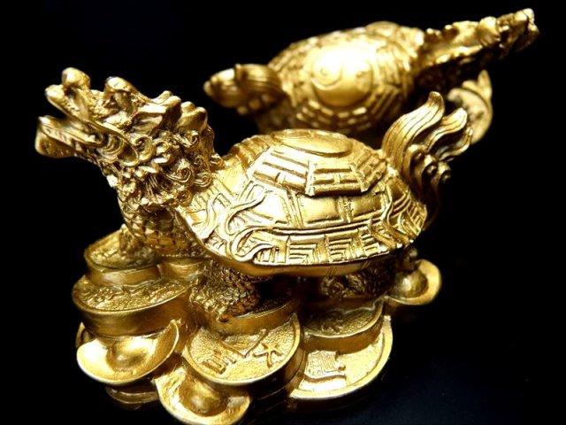 陰陽太極八卦彫り Sサイズ 龍亀(ロングイ)置物 120g前後 高さ約85mm 財運を高める瑞獣