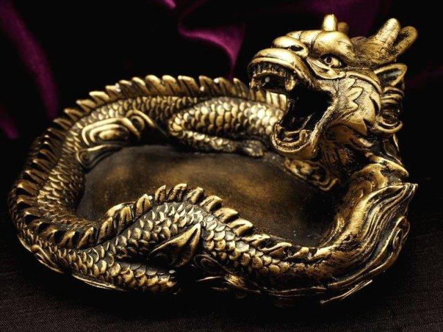 アンティークゴールド ドラゴン置物 高さ 約85mm 最大幅 約170mm 大迫力 金龍(ドラゴン)置物 大吉開運 大きな夢の実現