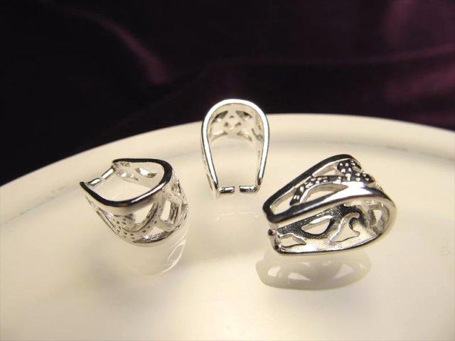 高品質Silver925パーツ 透かし調バチカン 縦12.3mm チェーン通し部分6.7mm 1個450円 ペンダントトップの必需品 BTC031