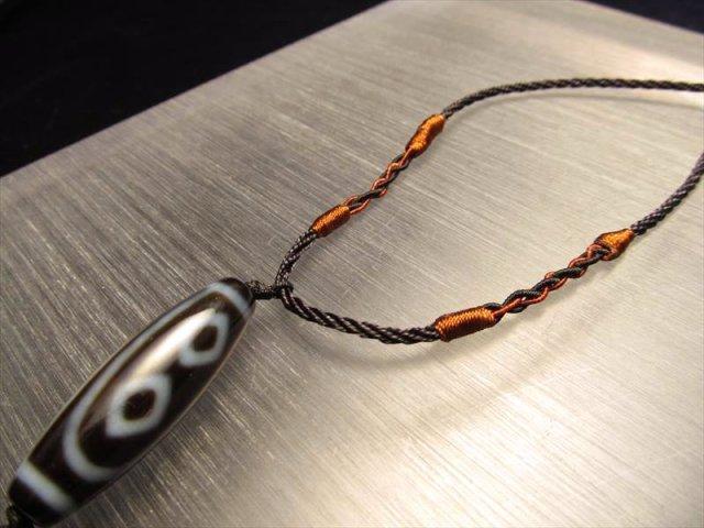 デザイン組み紐ネックレス タイプD 首周りサイズ45-56cm ブラウンの装飾で細めの黒紐タイプ 天珠・天然石が装着可能 サイズ調節付き