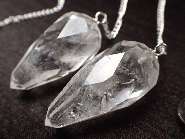 ヒマラヤ水晶 多面カットペンデュラム 縦約25mm-33mm 透明感抜群クリスタル インド ヒマラヤ山脈産