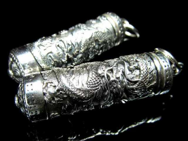 筒型 龍神彫り シルバーペンダントトップ 重さ約15g 高品質 シルバージュエリー ドラゴン彫刻 Silver925