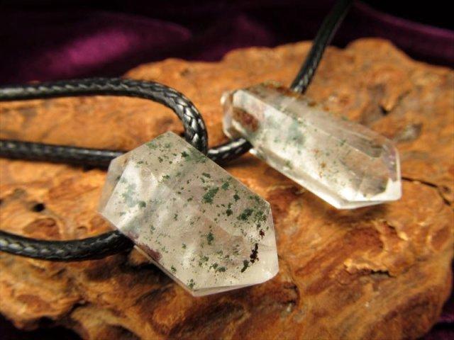 ガーデン水晶ダブルポイント原石ネックレス SILVER925 水晶サイズ約2-4cm 紐長さ約40cm ブラジル産 of