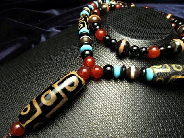 天珠首飾りブラックタイプ 九眼天珠&線珠 タイプ58 ネックレスサイズ約65cm 瑪瑙製