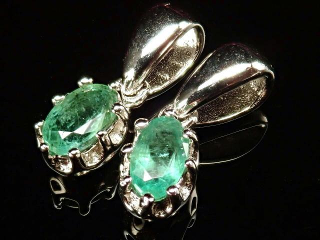 超透明宝石質5A エメラルド(翠玉)ペンダント マーキスカット 石サイズ縦約5mm Silver925 クラウンデザイン 世界四大宝石の一つ コロンビア産