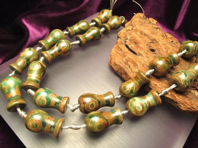 宝瓶形アゲート 天珠連 瑪瑙 三眼緑龍紋天珠 一連12個付き サイズ:約22mm 美容健康・心身健康