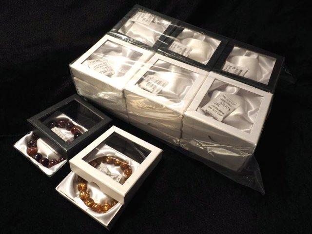透明ブレスレットケース ブレスレット用 化粧箱 アソート 1セット 24個入り 2色MIX 24個入りタイプ ケースサイズ 約9cm×9cm 中身が見える透明ケース ギフトにも メール便対象外