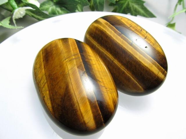 【タイガーアイ ホットストーン】重さ 約70-80グラム 大きさ約6cm×4cm マッサージ用天然石 タンブル