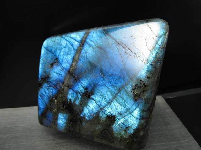 4A ラブラドライト原石 ブルーシラー 重さ 861g 激安大放出 極上天然石 一点もの マダガスカル産